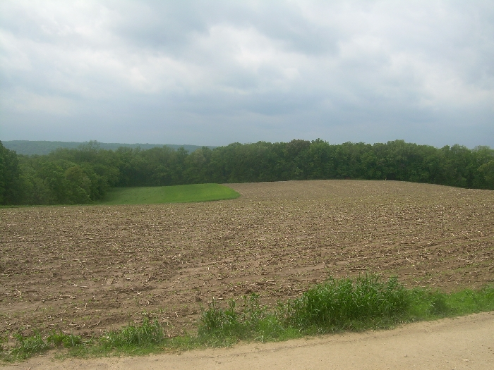 25 ac m/l,  18 ac tillable -  35693 Sprosty hill Rd,  Wauzeka, WI